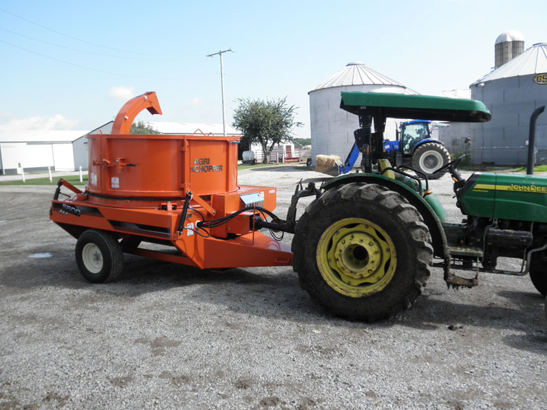 New Valmetal Round Bale Chopper